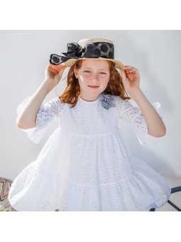 Rochy vestido blanco bordado lookbook