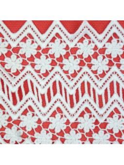 Foque vestido coral detalle bordados