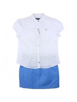 Nachete camisa blanca con falda azul
