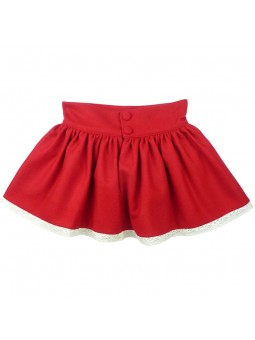 Nora Norita falda roja vista trasera