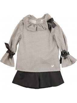 Eve Children conjunto pata gallo con short gris