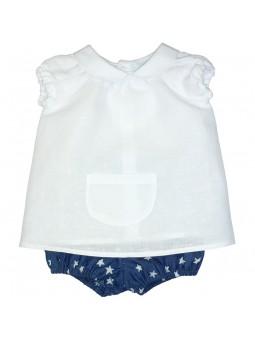 Paloma de la O. Conjunto de bebé camisa blanca y cubre jeans con estrellas estampadas